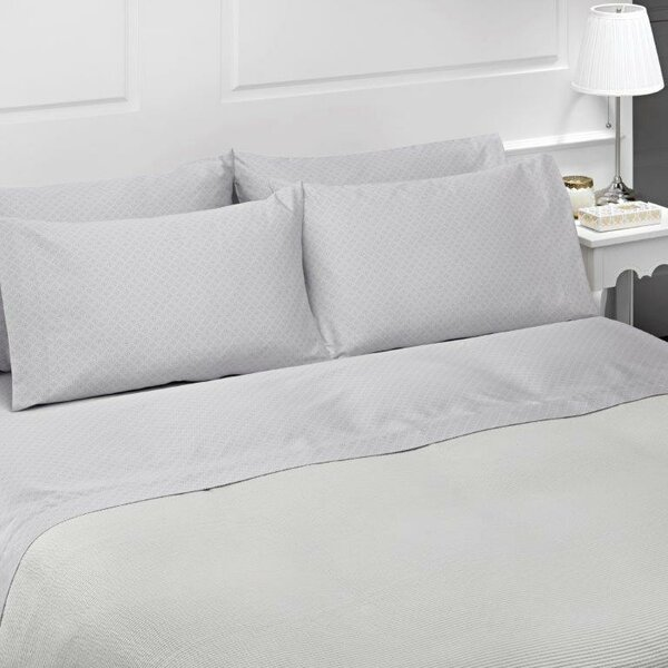 Diamond 4 Piece 300 Thread Count 100% Cotton Sheet Set by Belle Epoque